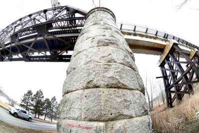 012521-nws-BNSF-railroad-bridge-1
