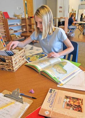 Montessori-based education gives boost to Mandan school