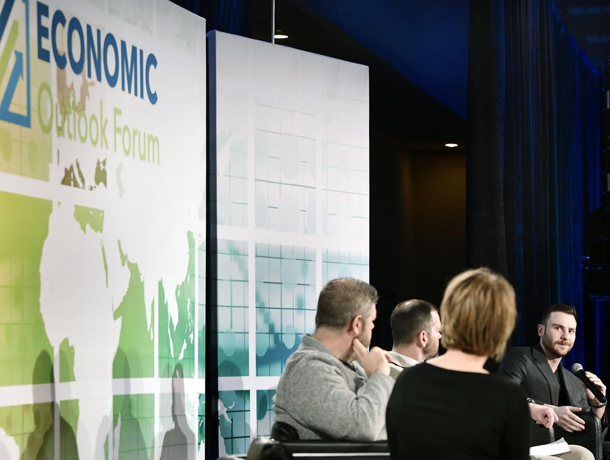 040221-nws-economic-outlook