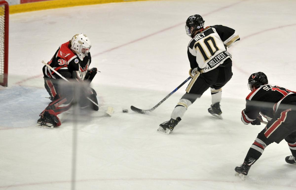 011918-spt-Bobcats-Hockey-02
