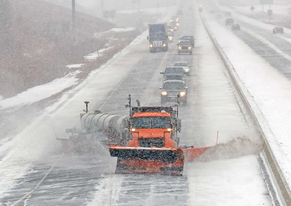 011118-nws-snowplow.jpg