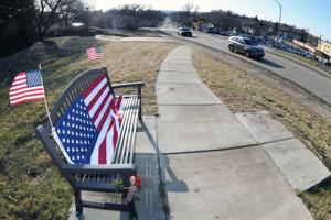 """A wave and a """"yee haw!"""": Mandan Greeter remembered; city approves plaque in his honor (copy)"""