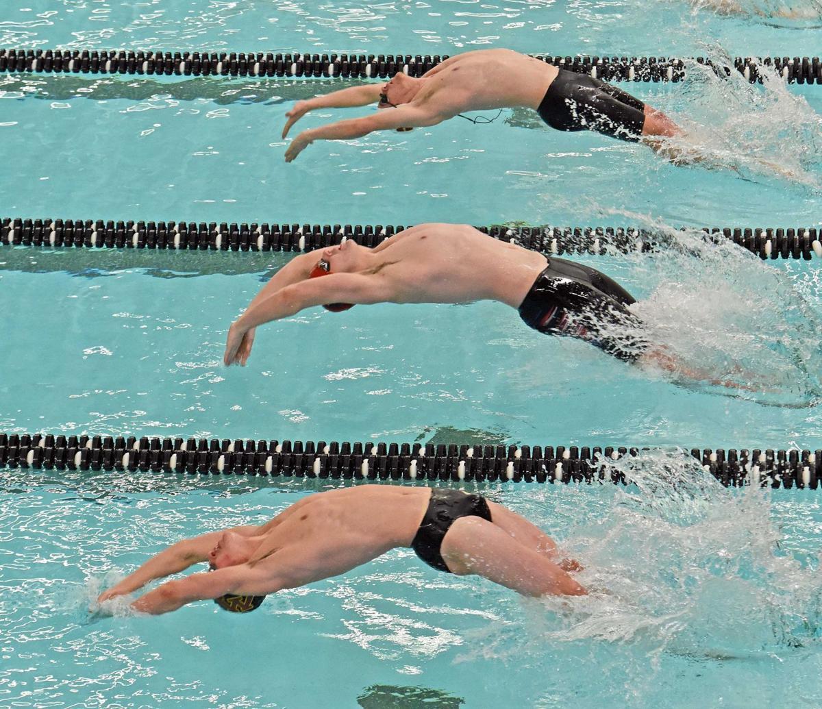 021118-spt-swim3.jpg