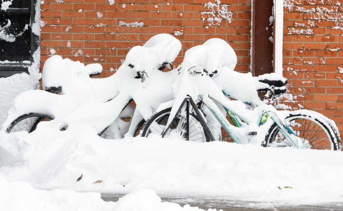101219-nws-heavy-snow-4