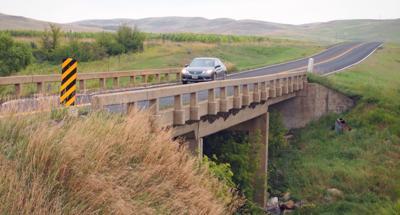 Almont-bridge