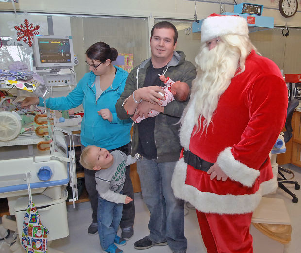 Santa Cheers Hospitalized Children Local News For