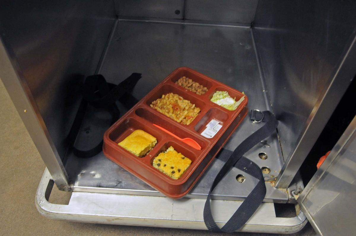 Shuttling inmates readjusts jail priorities | Courts & Crime