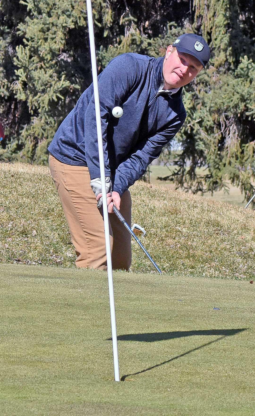 041821-spt-golf5.jpg