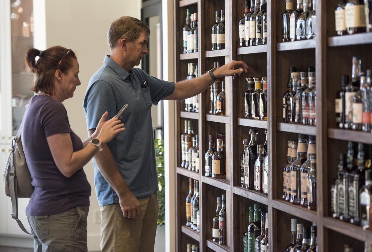 Single Barrel Liquor and Bar
