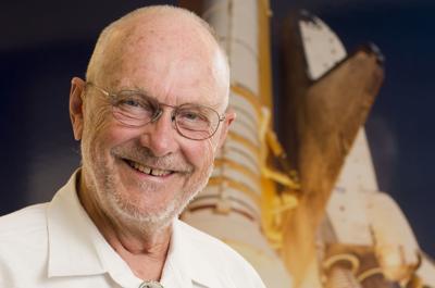 Former astronaut Loren Acton to speak at screening of 'First Man'