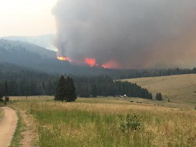 Monument and Wigwam fires