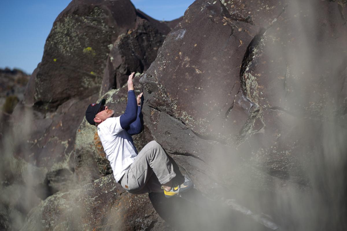 bouldering MAIN