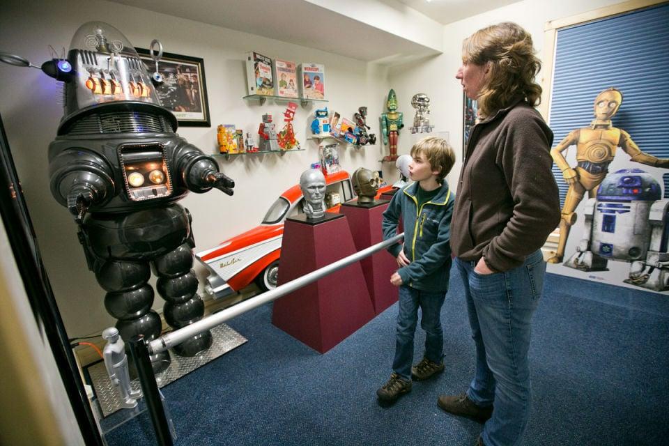 Computer Museum Opens New Robots Exhibit News
