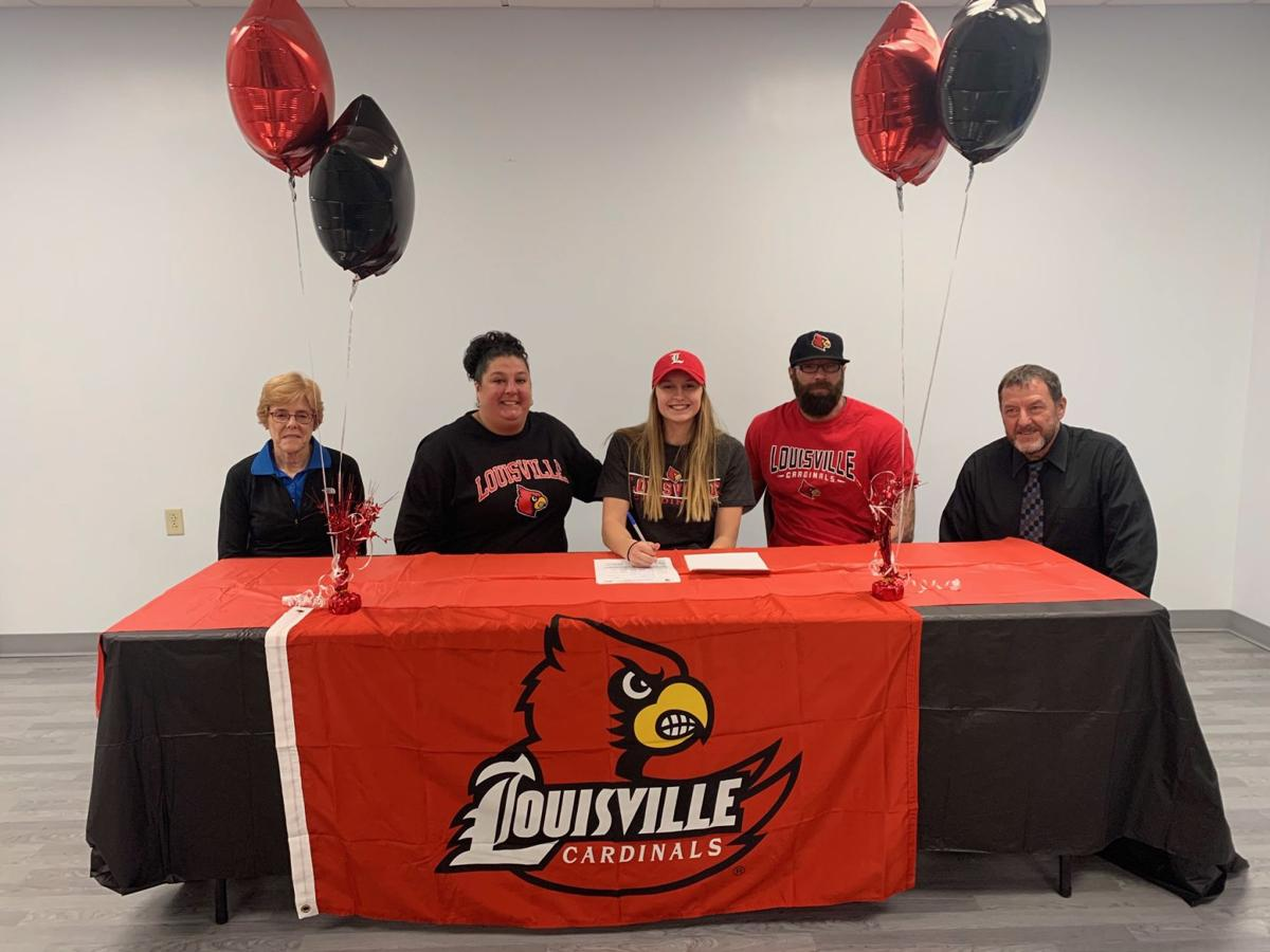 Bradford's Hetrick signs NLI with Louisville swimming