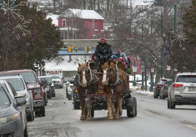 Old-Fashioned Christmas set for Saturday