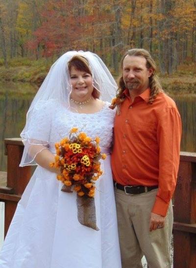 Alcock, Adams wed