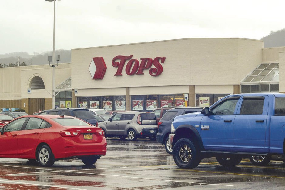 10 Tops stores to close by November — none of them local