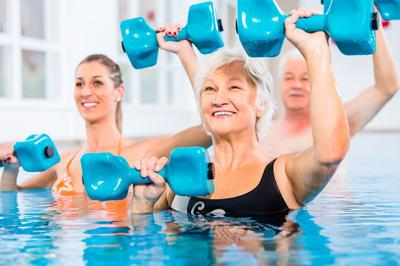 People at water gymnastics in physiotherapy