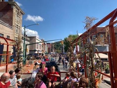 Pumpkin Fest hayride