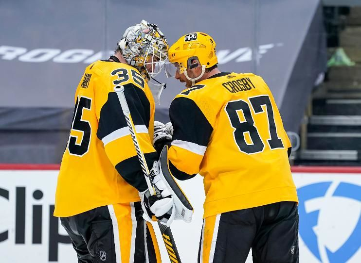 Sidney Crosby and Tristan Jarry