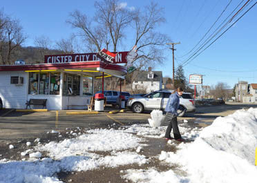 Frozen Goodness Area Ice Cream Parlors Drive Ins See Business Despite Cold Weather News Bradfordera Com Detailed weather forecast for today, tomorrow, the week, 10 days, and the month on yandex.weather. frozen goodness area ice cream parlors
