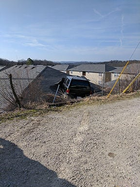 Suv Lands Through Roof In Branson No Injuries Reported Branson