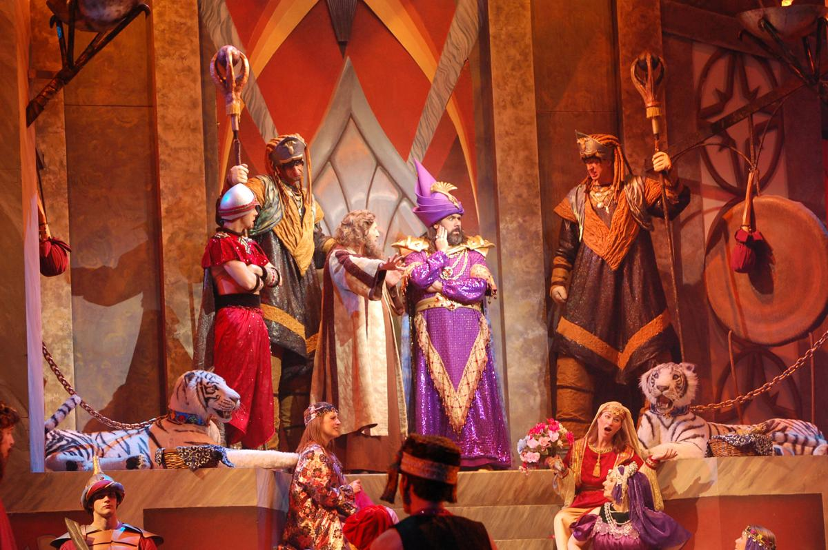 Sight And Sound Miracle Of Christmas.Branson Beat Noah Returns In 20 Last Chance Shows
