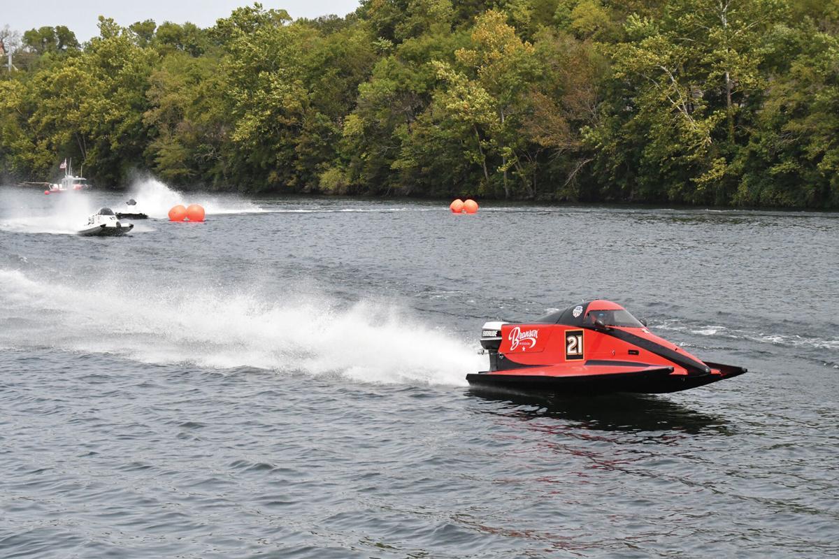 Powerboat 3.jpg