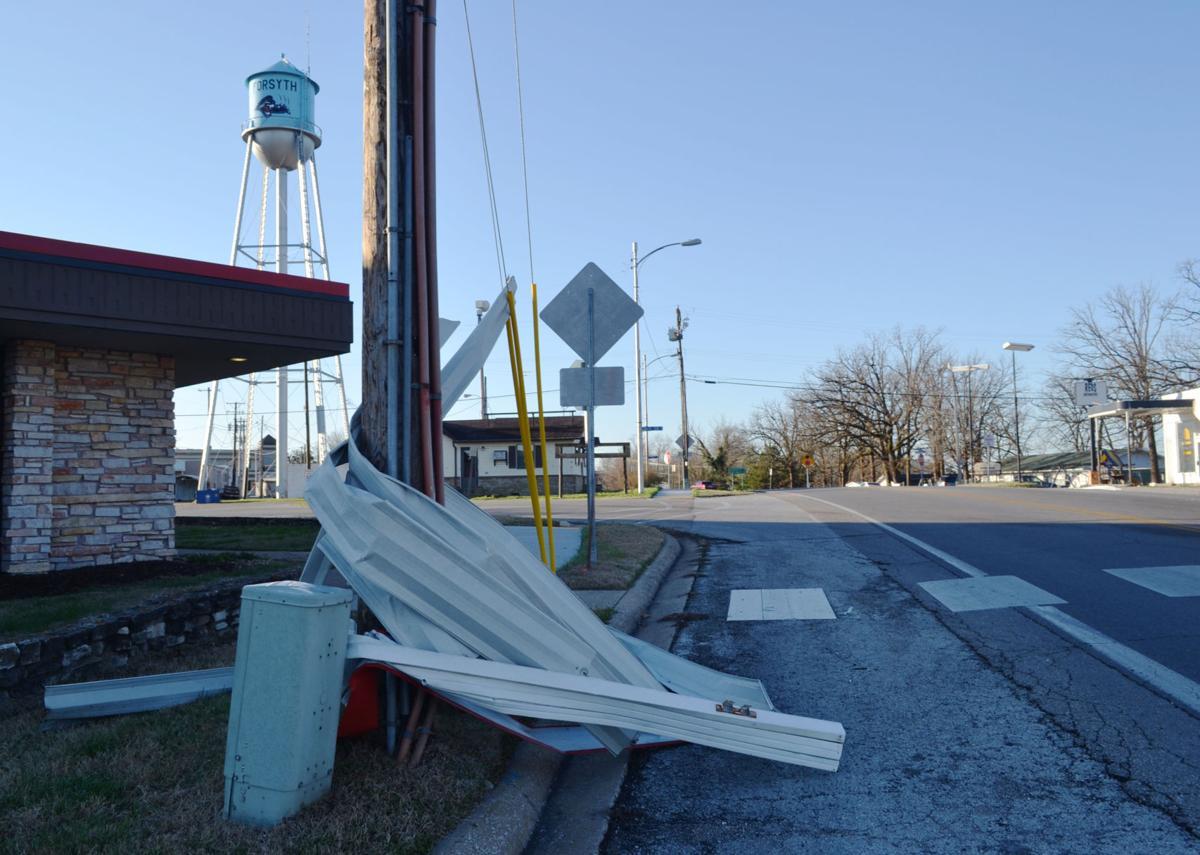 EF0 tornado causes damage in Forsyth | News Free