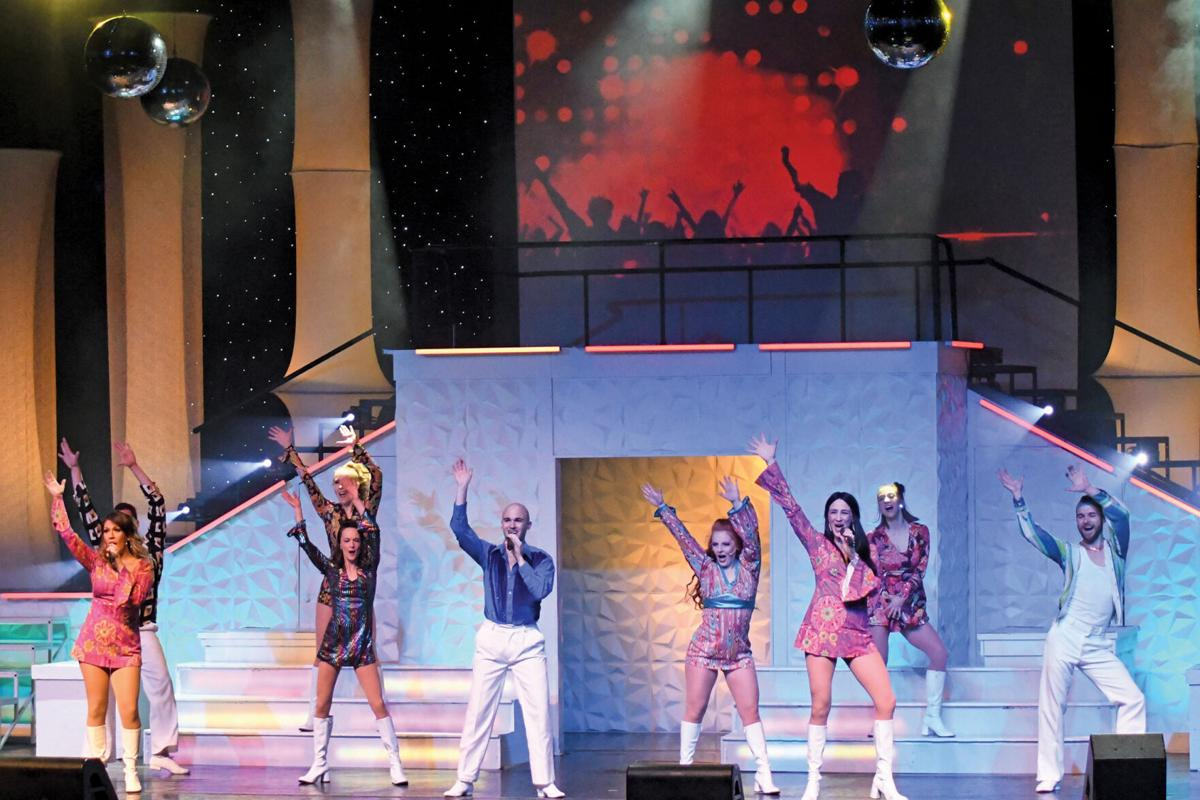 Dancing Queen 3.jpg