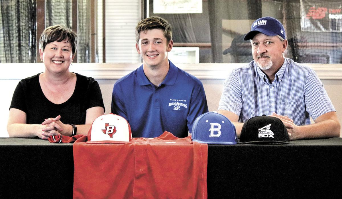 Aaron Kohring signs with Blinn College