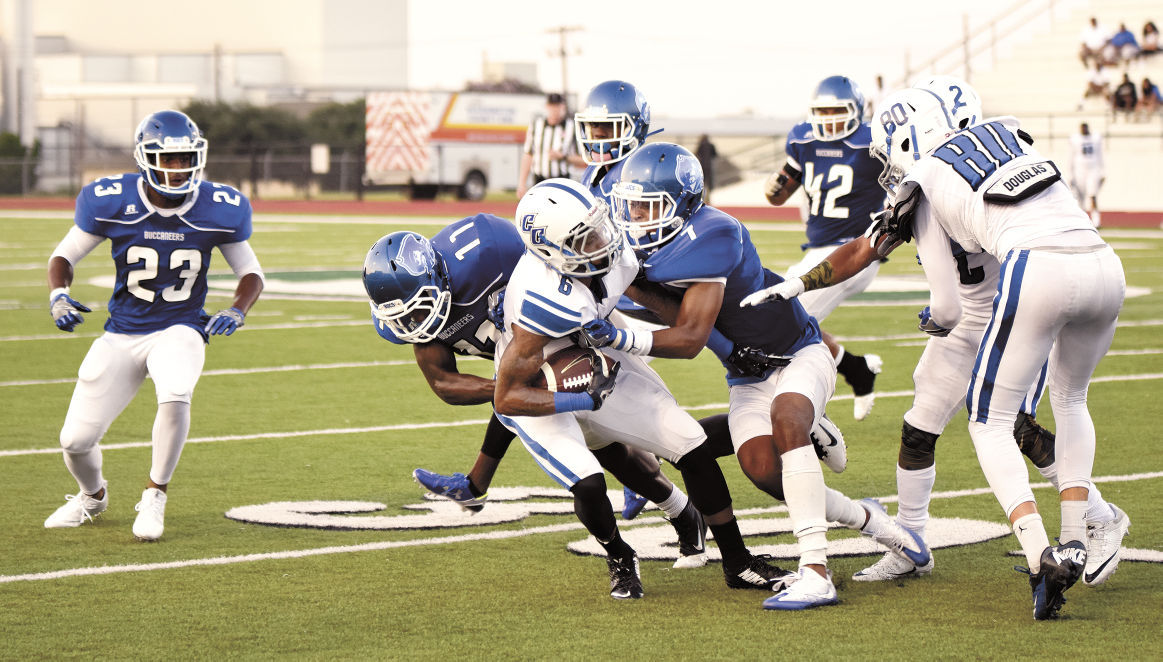 Stellar Blinn Defense Keeps Cisco Down Bucs Win 26 13