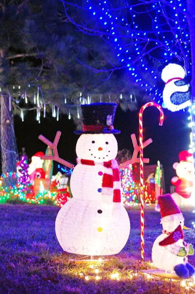 Christmas lights in Freeman a success
