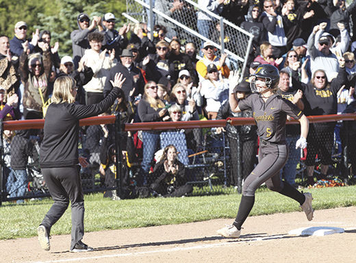 Ankney rounds bases after grand slam
