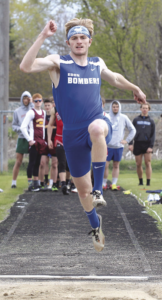 Eicher jumps
