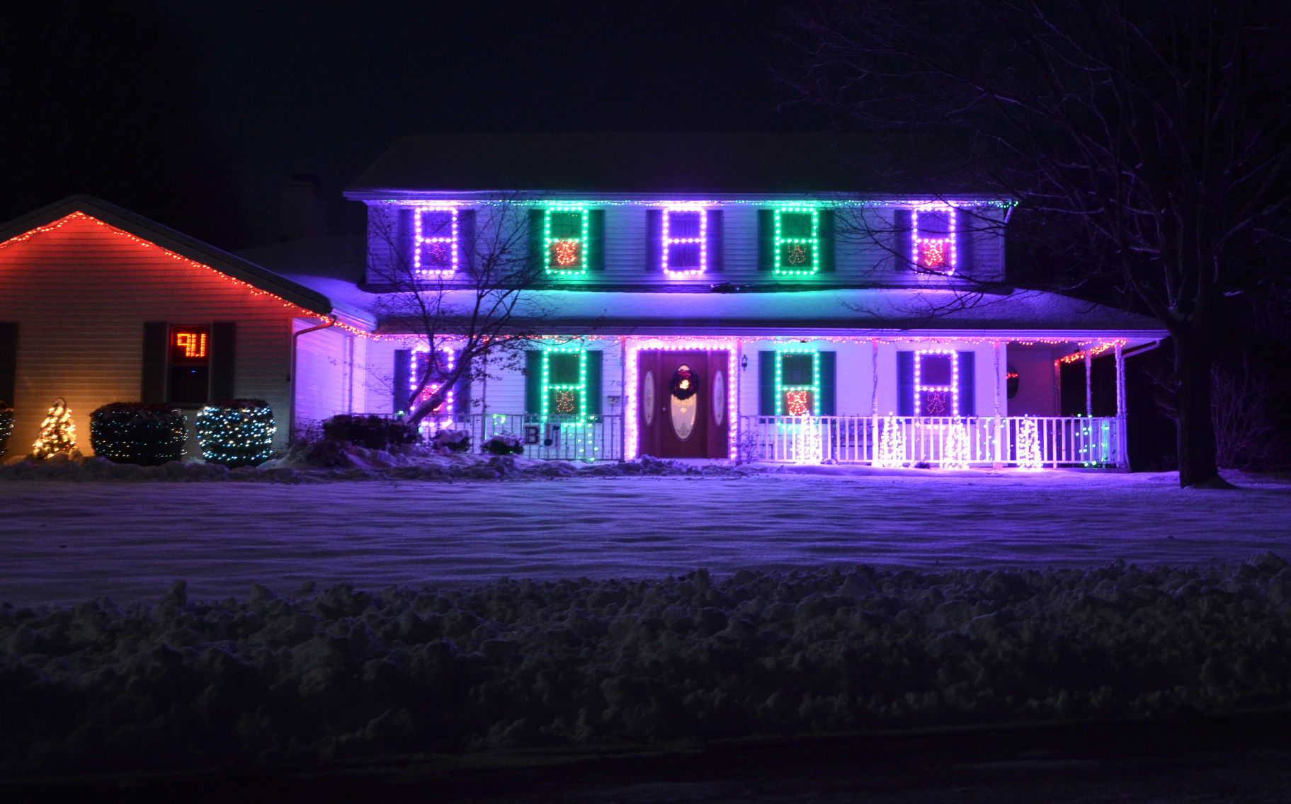 Richers put on show with Christmas lights | News | bryantimes.com