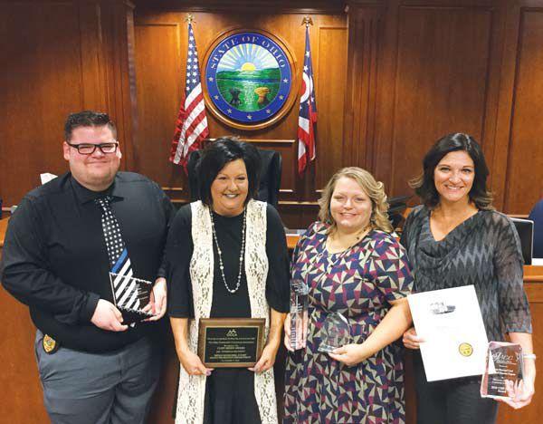 Bryan probation's diversion program attracts award