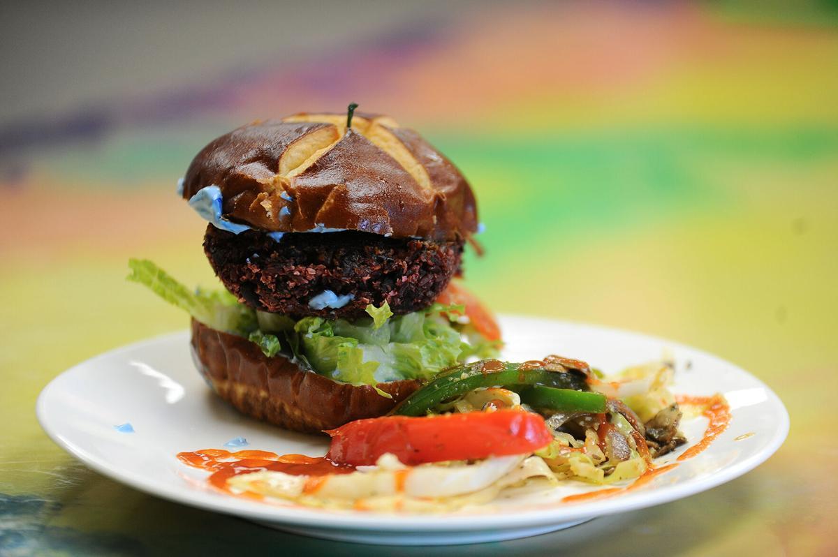 Sunshine-Vegan-Eats-burger.jpg