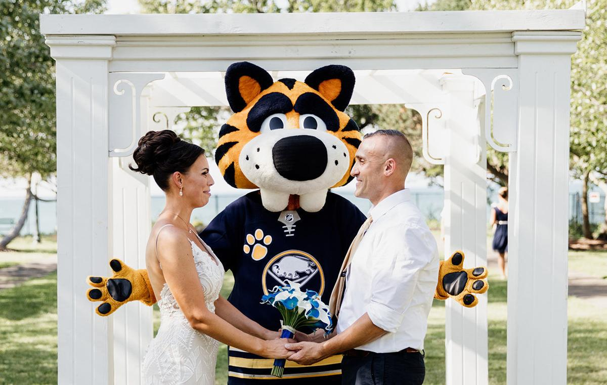 Designing-your-own-ceremony-WNY-Weddings-Moonshine-Photography-Co-1040x660