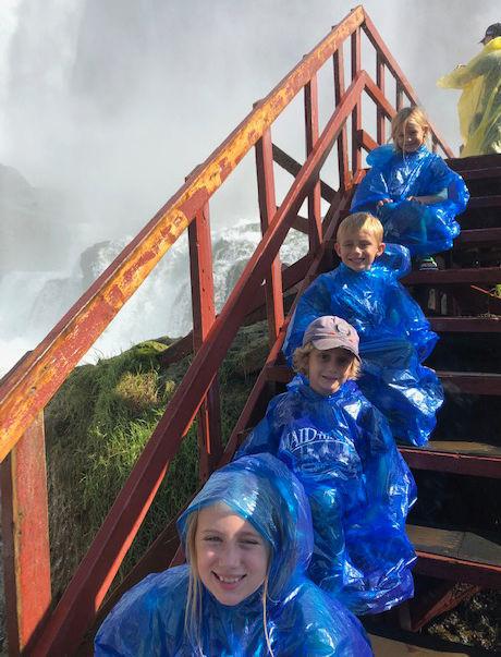 Buffalo-Magazine-Cave-of-Winds-Stairs-Jeff-Bucki