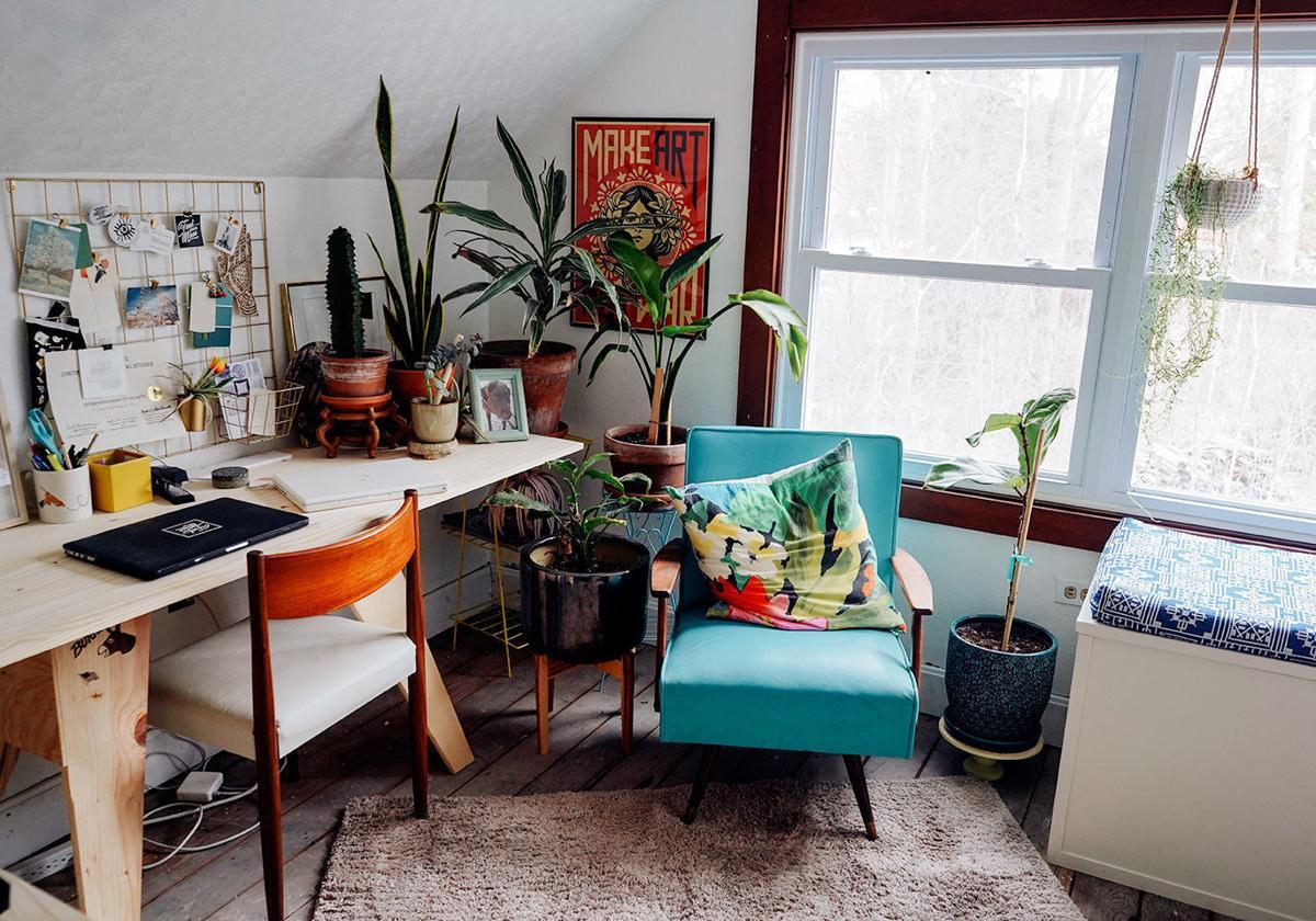 Laura-Cott-office