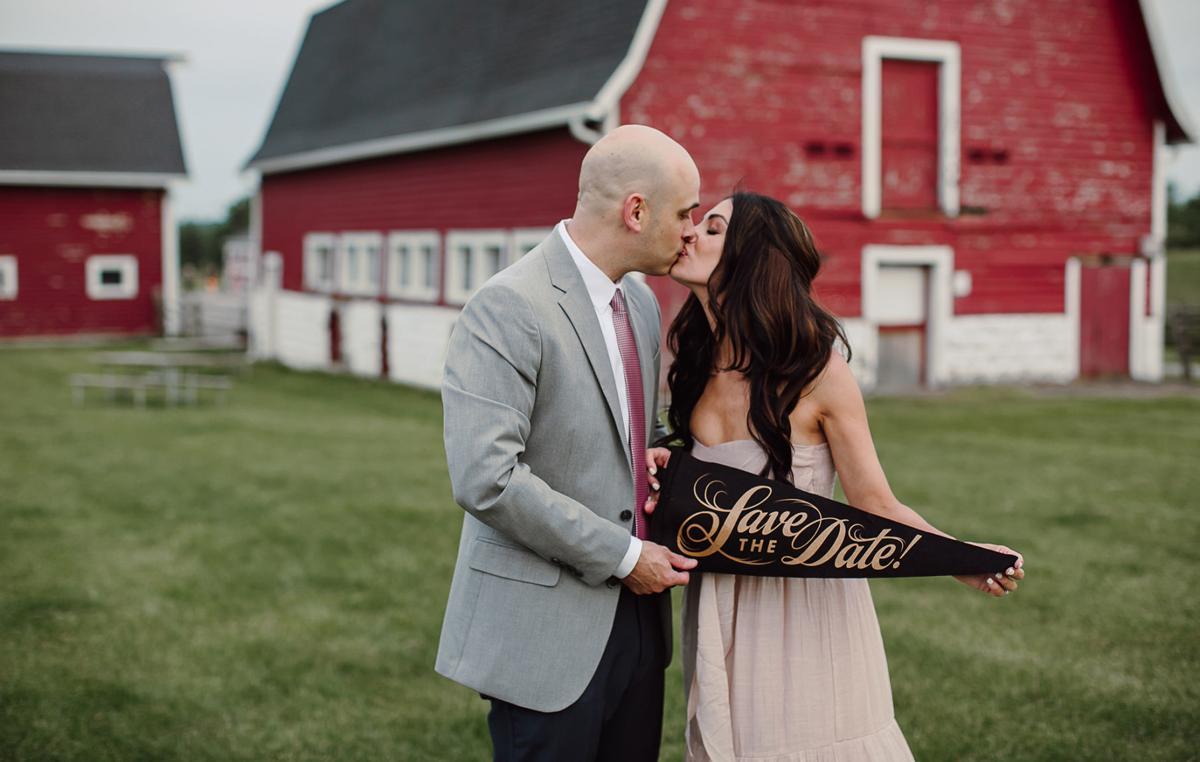 Style-with-Sentiment-WNY-Weddings-Sarah-Bridgeman-1040x660