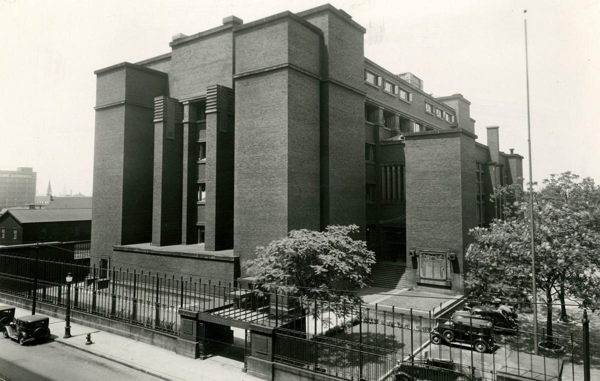 LAB-Entrance-Exterior-View1-2a