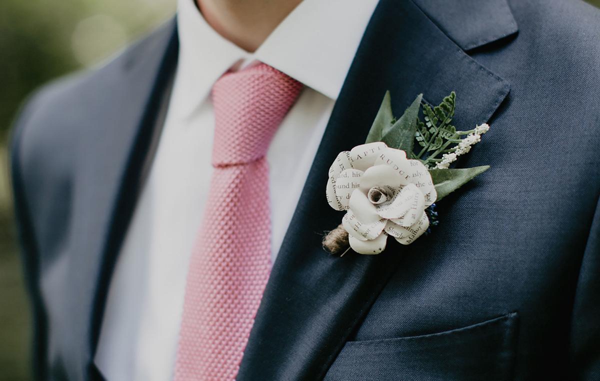 Well-Groomed-WNY-Weddings-Joe-and-Ellina-boutonniere