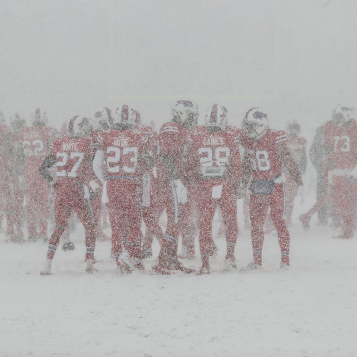 See It Whiteout Conditions At New Era Field Before Bills Colts Buffalo Bills News Nfl Buffalonews Com