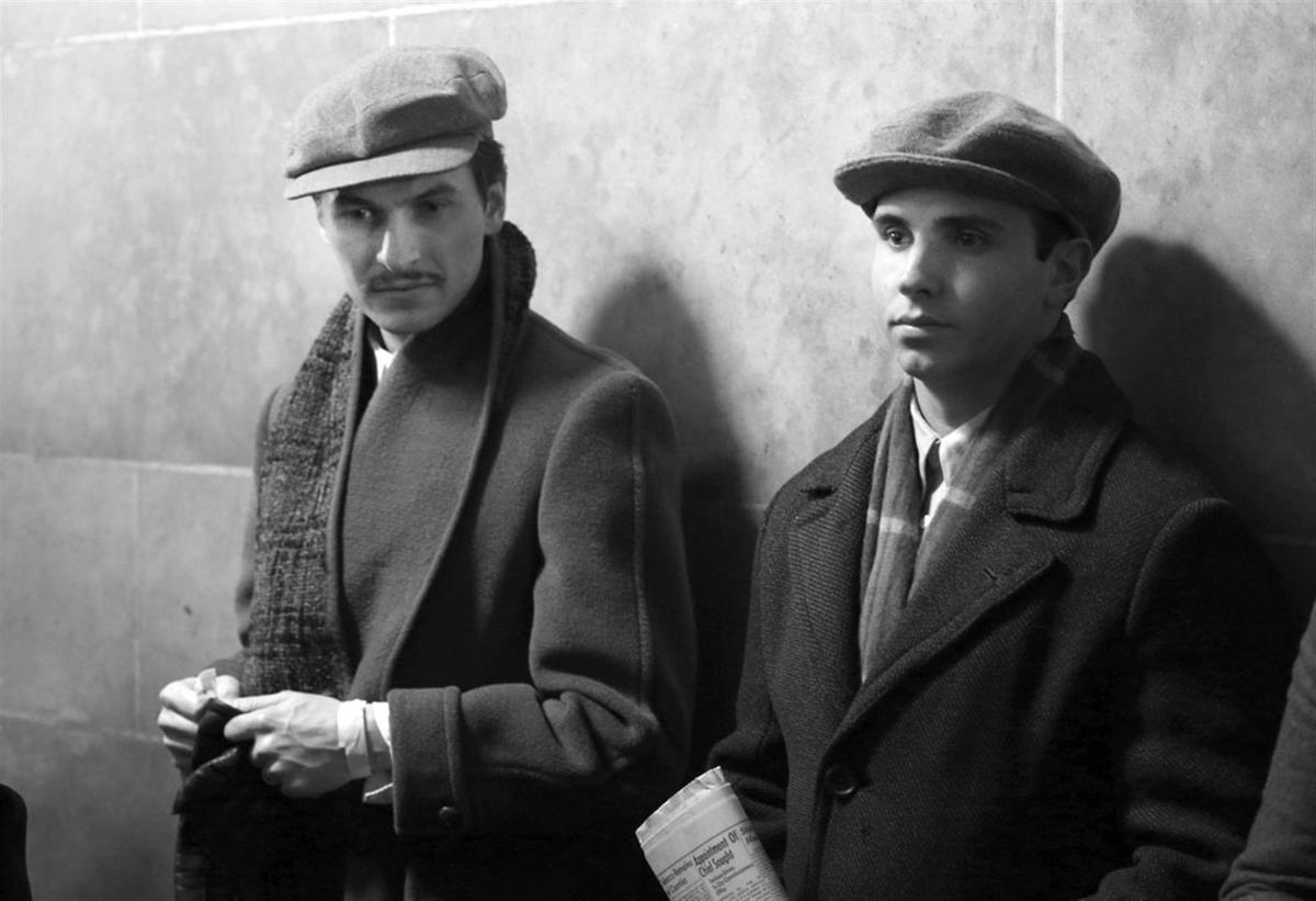 'Nightmare Alley' extras help reimagine Buffalo City Hall in 1941
