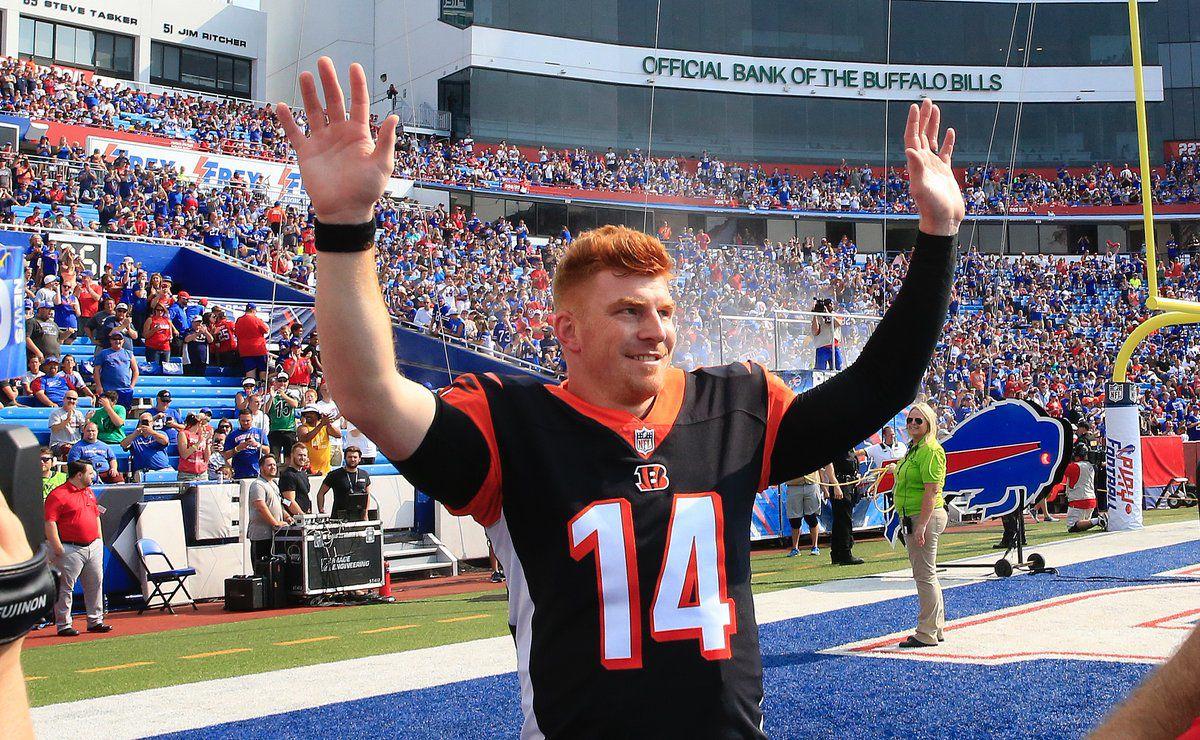 Watch: Andy Dalton gets ovation, throws 57-yard touchdown ...