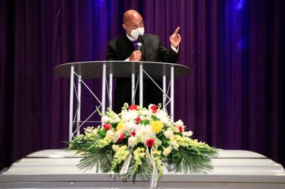 Reverend-Darius-Pridgen-Rev-Funeral-Joseph-Pitts-True-Bethel-Baptist-Church-COVID-19-Scull