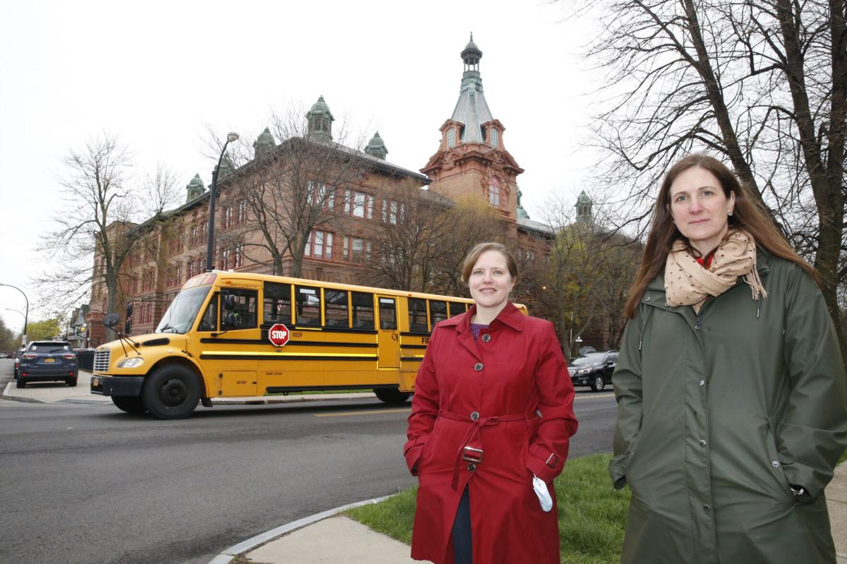 Doctors call for schools to fully reopen