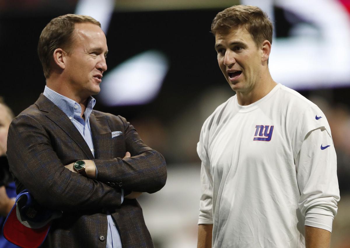 Peyton Manning and Eli Manning (copy)